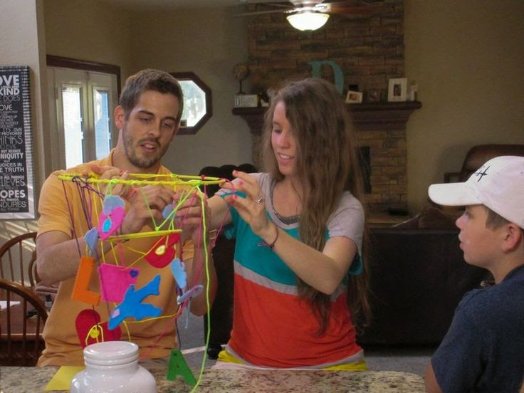 Jill Duggar Dillard and Derick Dillard,  James duggar