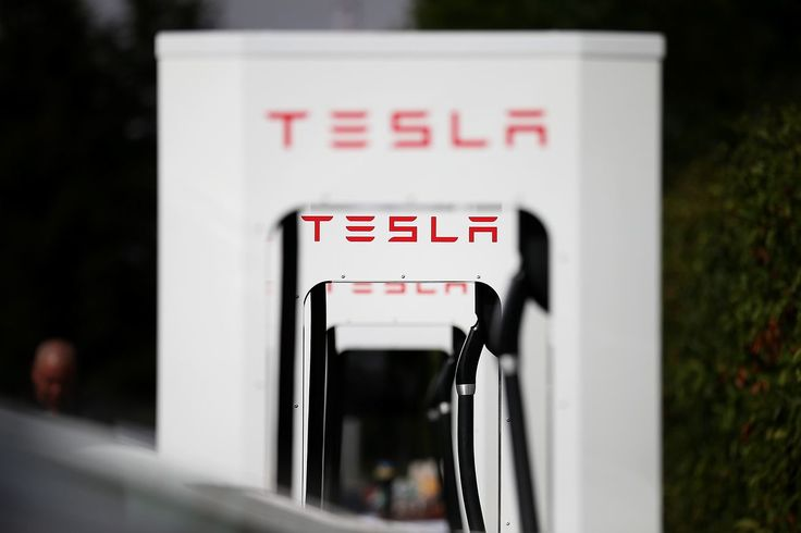 Former Tesla factory workers allege racial harassment in new lawsuit