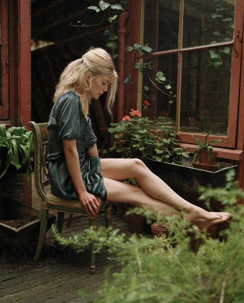 Rosamund Pikes