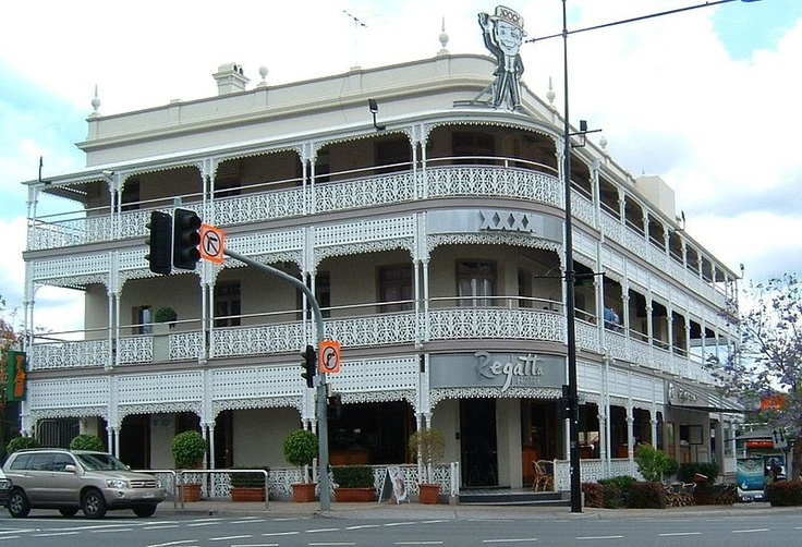 The Regatta Hotel is classified by the National Trust of Queensland and was entered in the Queensland Heritage Register in 1992.