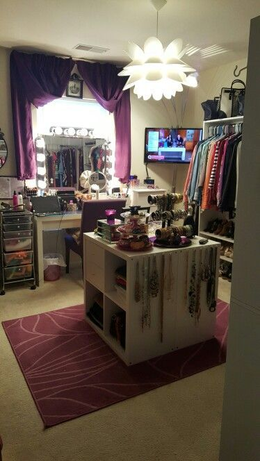 "Spare Room turned Closet ""Diva Room"" Nail Design, Nail Art, Nail Salon, Irvine, Newport Beach"