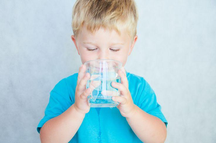 Nejnovějším trendem je pití vody ráno, ihned po probuzení, když vstanete z…