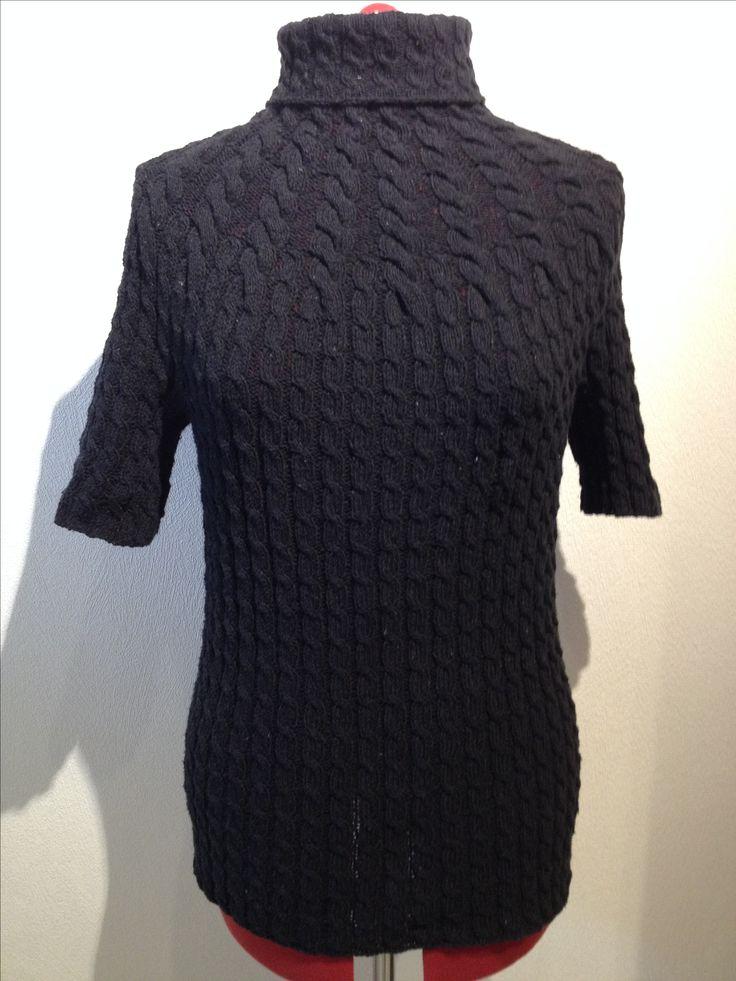 En dejlig bomulds-sag med en masse snoninger, som jeg har strikket i Blackhill Recycle Cotton Tweed fra Garnudsalg.