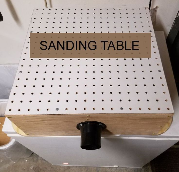 No one wants a dusty workshop. Keep it clean with a DIY sanding table. #woodworkingplans