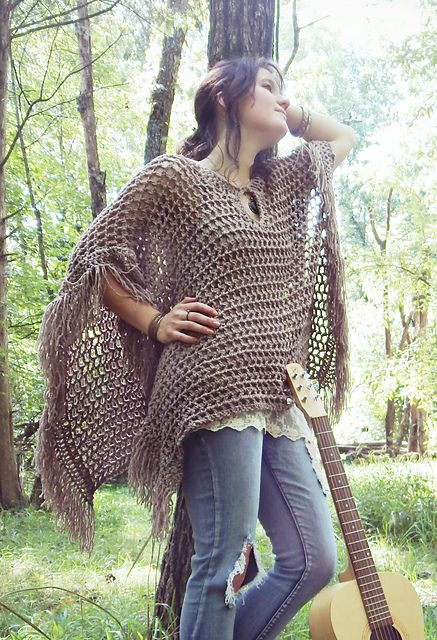 Make this pretty boho poncho with Lion Brand Wool-Ease Thick & Quick!