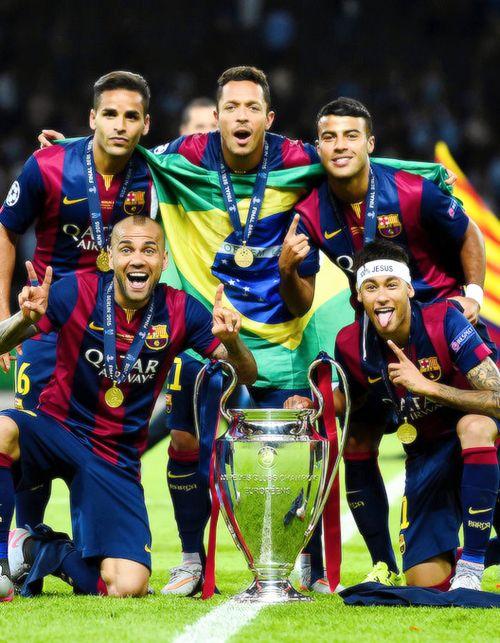 tots units fem força FC BARCELONA;   CHAMPIONS LEAGUE;   ;;   FCBEDIT;   FCB;   BARÇA;   DANI ALVES;   DOUGLAS PEREIRA;   ADRIANO CORREIA;   RAFINHA ALCANTARA;   NEYMAR;