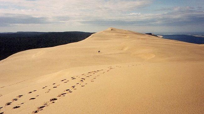 Пила - огромна подвижна пясъчна дюна близо до Бордо, Франция