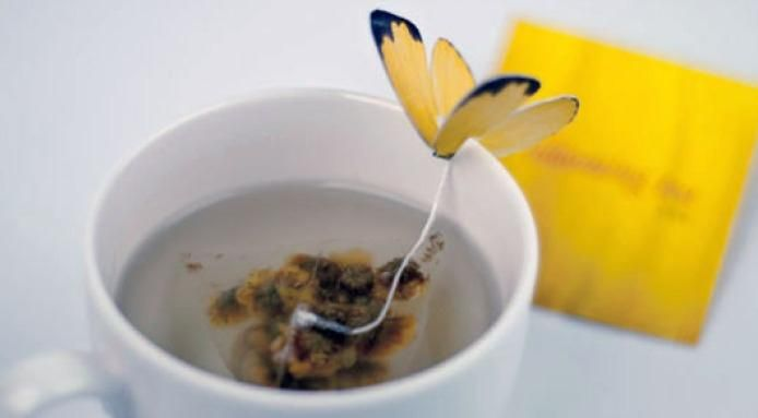 These #butterfly #TeaBags make a great gift for tea lovers - Read more: http://finedininglovers.com/blog/curious-bites/food-design-butterfly-tea-bag/