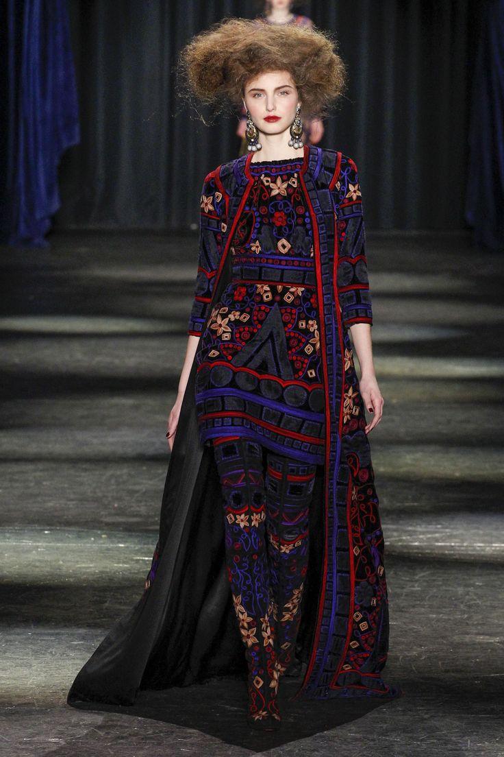 Naeem Khan Fall 2016 Ready-to-Wear Fashion Show