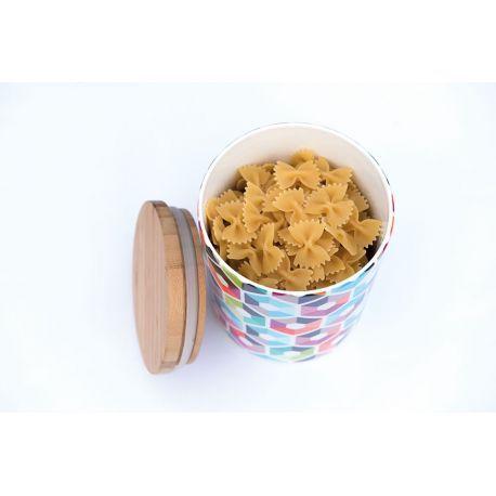 Boite hermétique cuisine Remember - Déco et fonctionnel, découvrez ce joli pot en porcelaine orné de motifs hexagonaux multicolores. Une boite de rangement hermétique munie d'un couvercle en bambou.
