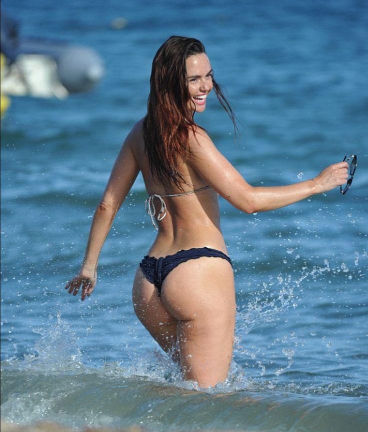 Pin de Juanito Montador en pelo | Bikinis, Celebrity ...