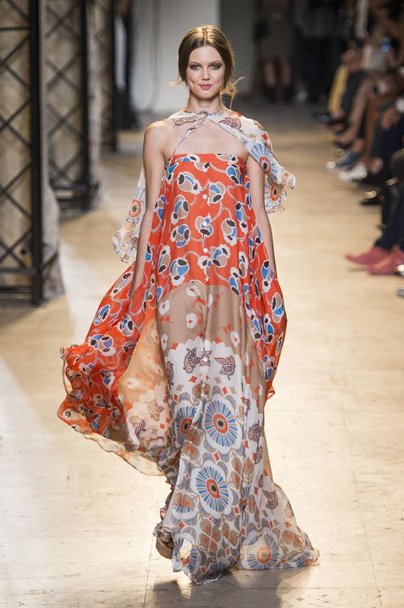 Mode à Paris S/S 2015 PAUL & JOE. See all fashion show at: http://www.bookmoda.com/?p=40133 #modeaparis #spring #summer #ss #fashionweek #catwalk #fashionshow #womansfashion #woman #fashion #style #look #collection #paris #paulandjoe