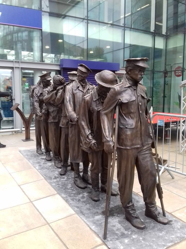 Memorial Piccadilly Train Station London Manchester