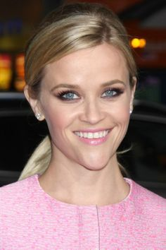 Books recommended by Reese Witherspoon