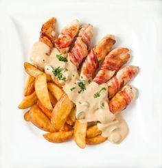 Kuracie kúsky v slaninovom obale so syrovou omáčkou - Recept pre každého kuchára, množstvo receptov pre pečenie a varenie. Recepty pre chutný život. Slovenské jedlá a medzinárodná kuchyňa