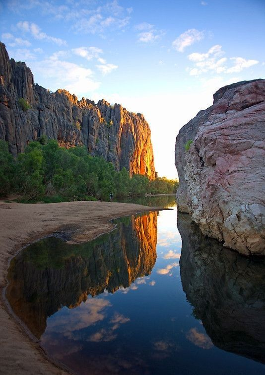 Windjana Gorge, Western Australia www.thekimberleycollection.com.au…