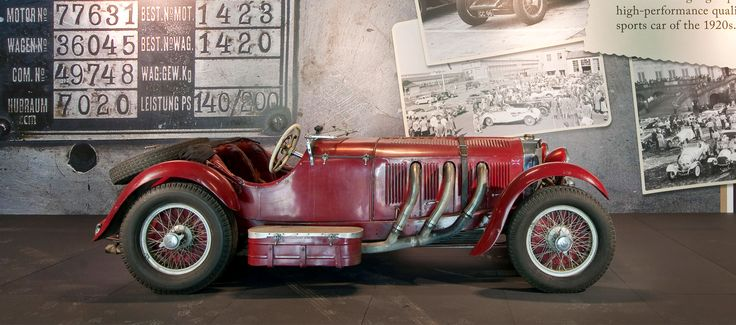Louwman Museum, Den Haag.    The Louwman Museum is home to the world's oldest private collection of classic motor cars.