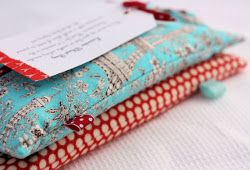 Winter Warmers - even a beginner can make. Heat them up for easy heat packs. #gifts #sewing
