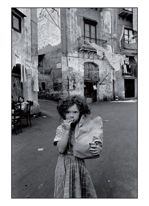 Fotografie tratte da Diario di Letizia Battaglia, Castelvecchi Editore. © 2014 Lit Edizioni Srl