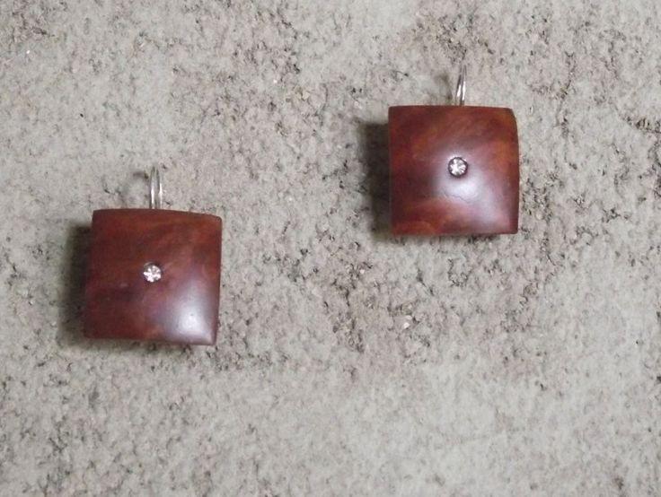 orecchini in legno pregiato (radica) ed argento 2cmx2cm #legno pregiato #burl #moda donna