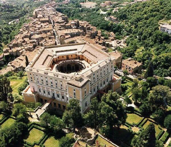 Palazzo Storico Più Bello D'Italia - Page 19 - SkyscraperCity