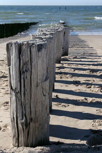 Zeeland | Paalhoofden | Strand | Beautiful beach | Ruiterplaat Vakanties | www.ruiterplaat.nl