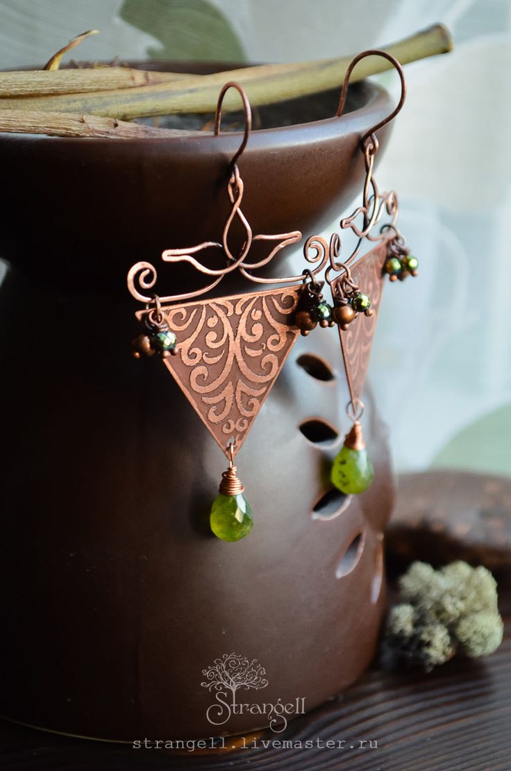 Buy Triangular copper earrings with green garnets - Forest Elf nature on Livemaster online shop