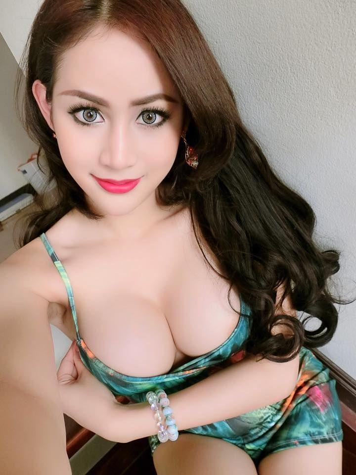 Gorgeous Naked Thai