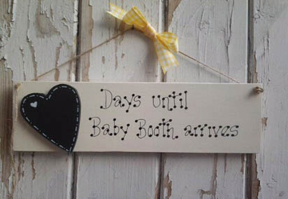 A fantastic personalised baby gift, countdown to the arrival of a new baby.    Plaque wording:-    'Days until Baby.........arrives (you can personalise with the baby name of your choice).    Painted in ivory and varnished.    Hand cut wooden heart painted with black chalk paint and comes supplied with chalk.