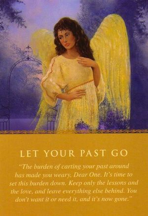 Daily Guidance From Your Angels: Let Your Past Go   Free Angel Card Readings