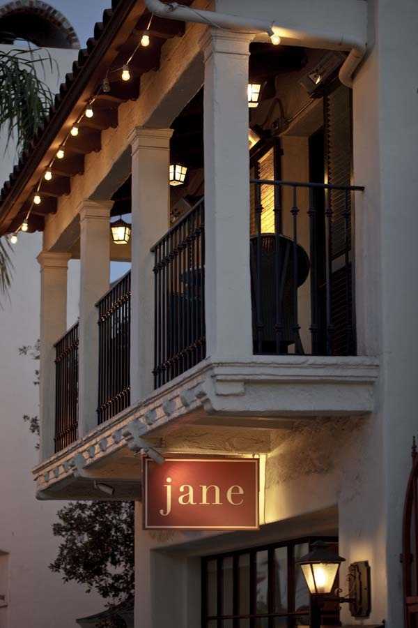 Downtown Classic Coastal Home: Family-owned Restaurant Located In Downtown Santa Barbara