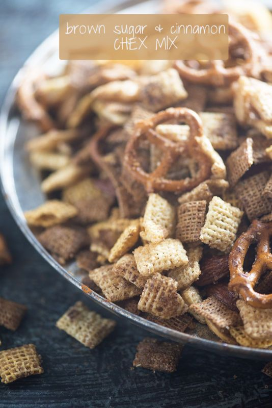 This Brown Sugar & Cinnamon Chex Mix is so addictive! I could munch on this stuff all day.