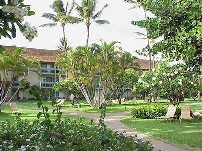 Photo of the Kaanapali Beach Hotel at Kaanapali Beach Kaanapali, Maui - Maui Hawaii Photo Gallery