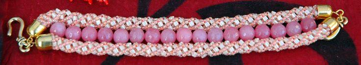 #Antique pink bracelet#pink agate#triangles#rocailles#miyuki#