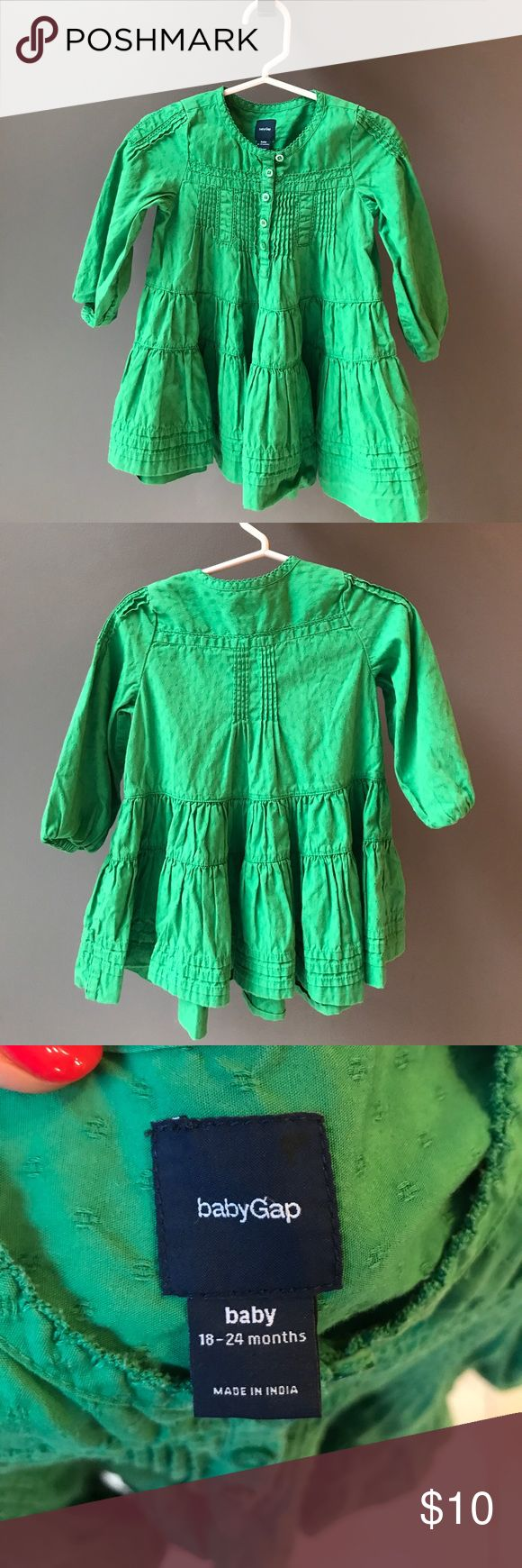 Baby Gap adorable bohemian dress! Kelly green! Baby Gap adorable bohemian dress! Kelly green! GAP Dresses