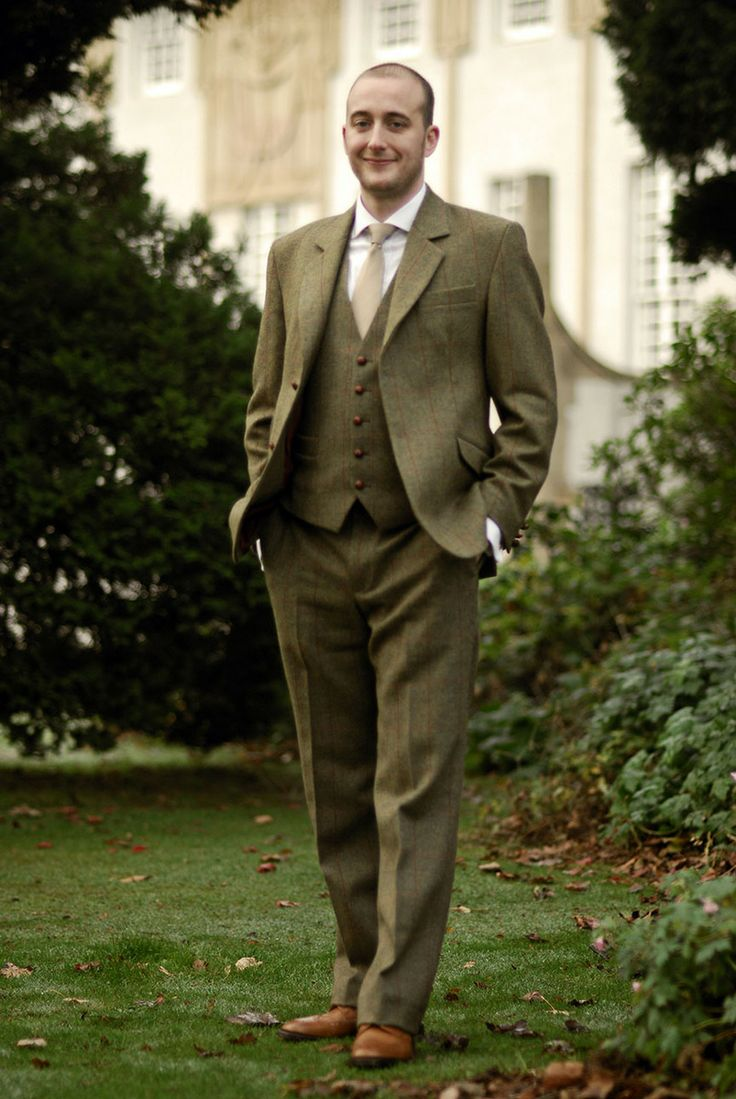 Vintage Groom in the grounds of House for an Art Lover.  Wedding photography by Gavin Macqueen.
