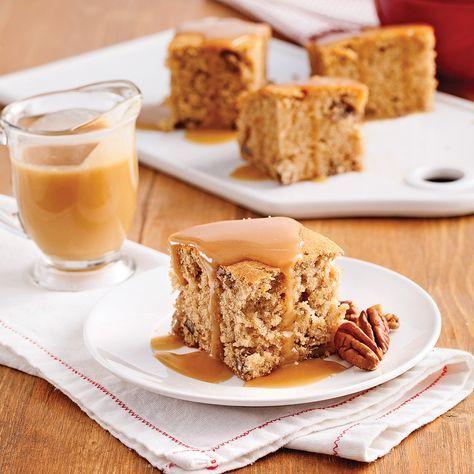 Goûtez au réconfortà chaque bouchée avec ce délicieux gâteau aux bananes! Les effluves d'érable, un soupçon de cannelle et le croquant des pacanes: tout y est pour vous régaler!