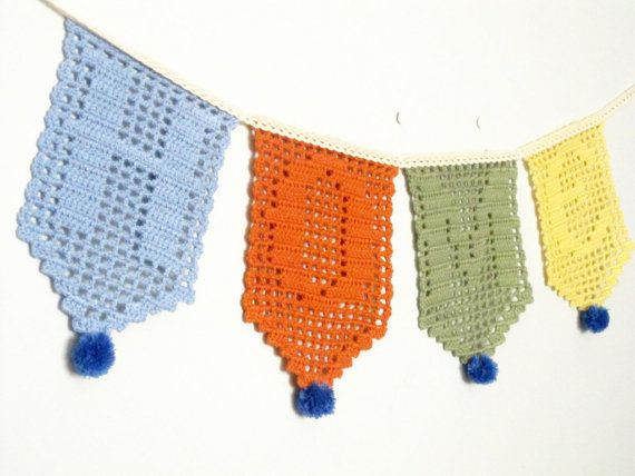 Home sweet home  filet crochet garland. Home por sidirom en Etsy, $52.00
