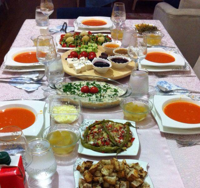 Zeynep'in iftar sofrası