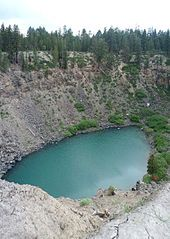 Mono–Inyo Craters - Wikipedia, the free encyclopedia  The southernmost of the Inyo craters, one of the Inyo Crater Lakes, from the forest service hiking path