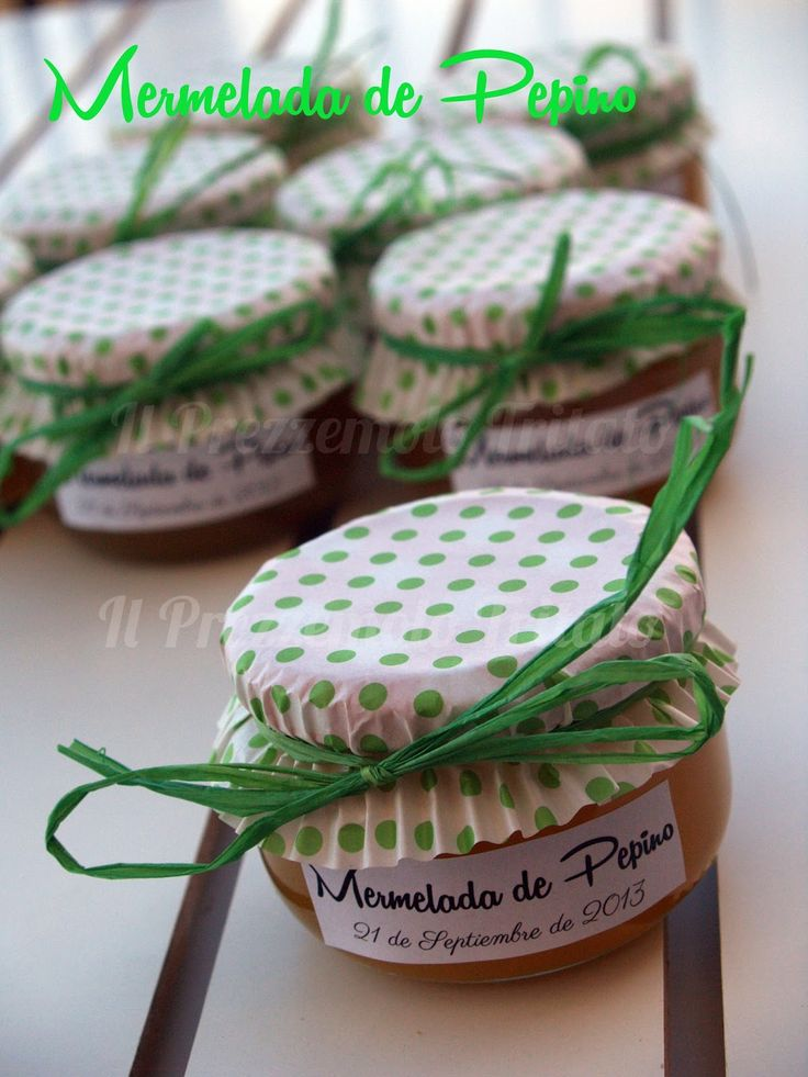 Un nuevo uso para el papel de magdalenas y cupcakes: botes caseros de mermelada. #DIY #creatividad