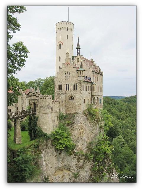 Castillo de Lichtestein.  Alemania I wanna go!!