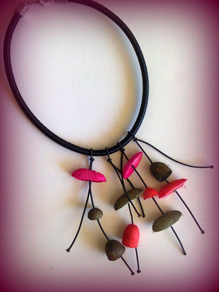 silk cord-cocoons short necklace/KINZ jewelry