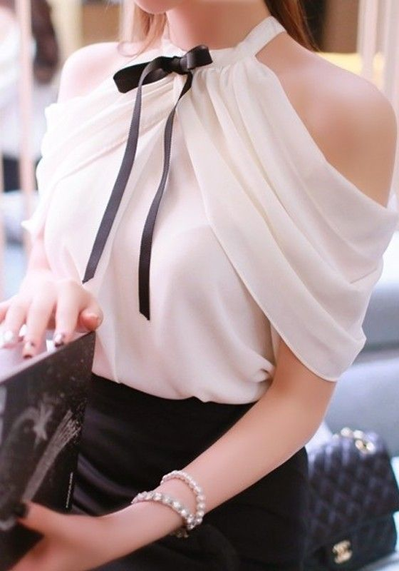 White Plain Bowknot Pleated Off Shoulder Slash Neck Split Sleeve Sweet Fashion Blouse w/o black tie