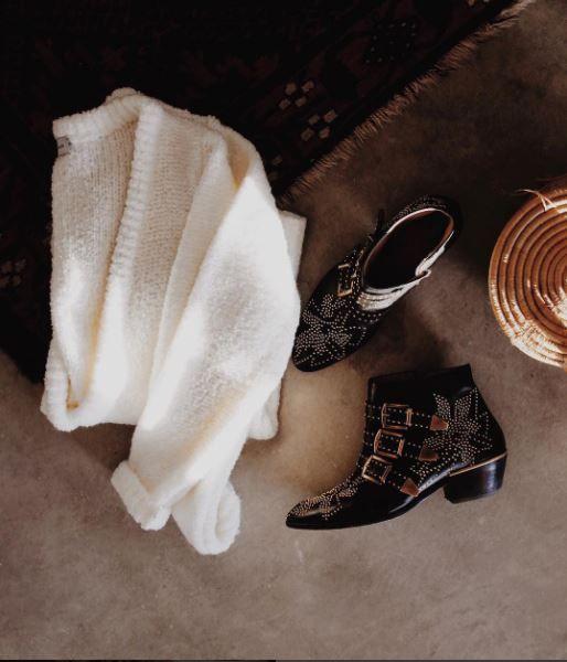 Tendance Chaussures 2017  DETAILS Cozy cozy by Sincerely Jules : boots Susanna Chloé  cardigan Sincere