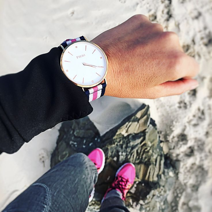 Casual outfit with stylish Fieri watch and pink snickers