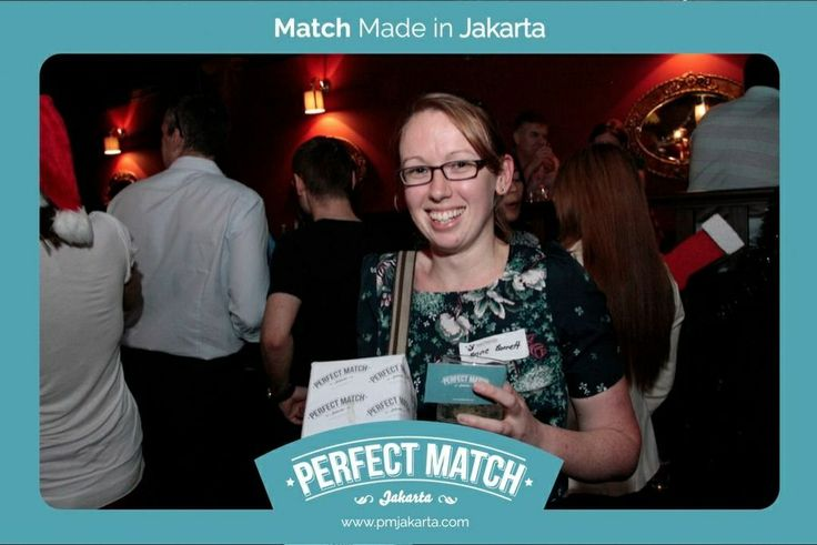 When #PMJakarta.com was introduced to public at the first time on December 17, 2013 - an eligible single won the Billecard Salmon champagne as the doorprize!