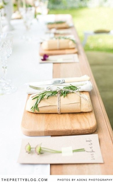 Simplistic table decor | outdoor dining | Special occasion | Photography by Adene Photography
