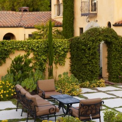 Stucco Garden Walls Design Ideas, Pictures, Remodel, and Decor - page 7