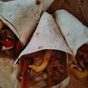 Тако с курицей и соусом сальса рецепт – основные блюда. «Афиша-Еда»